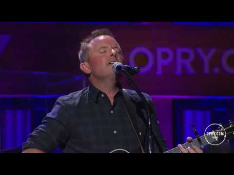 Chris Tomlin - Good Good Father @ Grand Ole Opry.