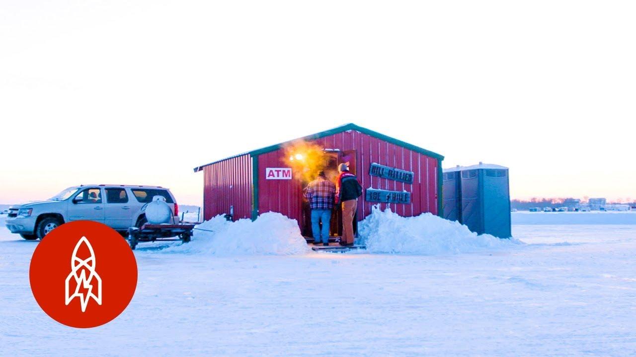 Grab a Cold One on Minnesota's Bar on a Lake