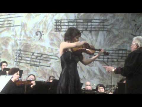 Paganini violin concerto # 1 plays Ioana - Cristina Goicea