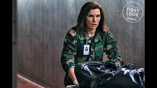 Julianna Margulies races to stop an Ebola outbreak in The Hot Zonetrailer
