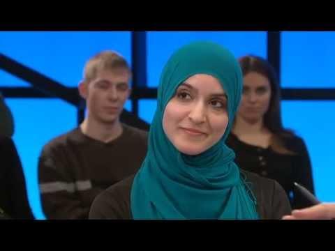 Hele tørklædedebatten med Helle Thorning-Schmidt - DR2 Debatten, marts 2010