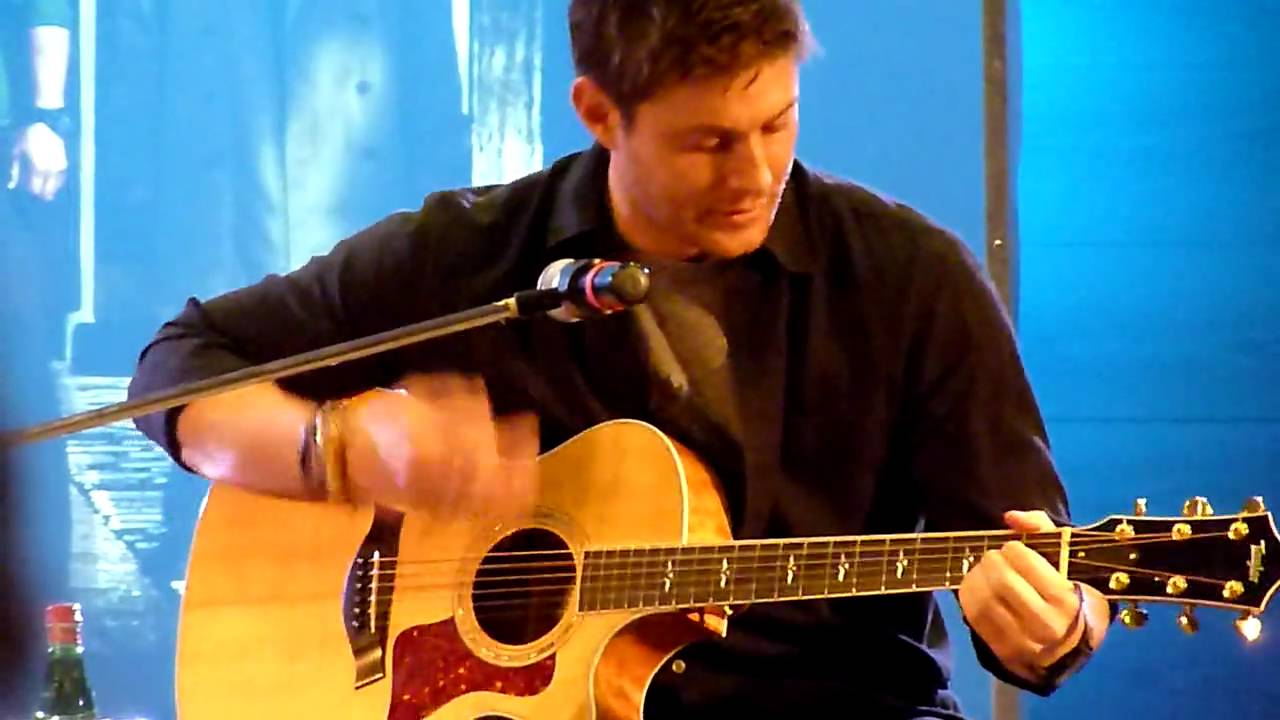 """Jensen Ackles Singing """"The Weight"""" at Jus in Bello - YouTube"""