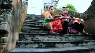 Download Mp3 Dyanna Prasta - Cemburu Campur Rindu