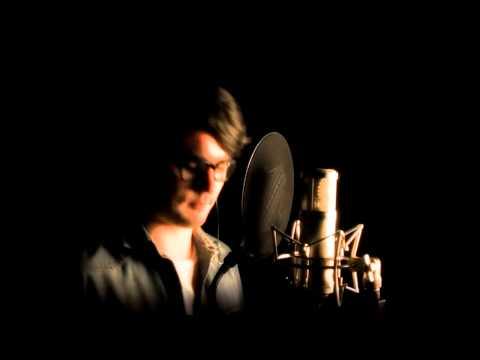 Ben Thompson Sings Mack The Knife - Studio Version