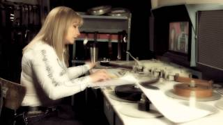 Aida Sargsyan - Horinvats Ser // Official Music Video // Full HD