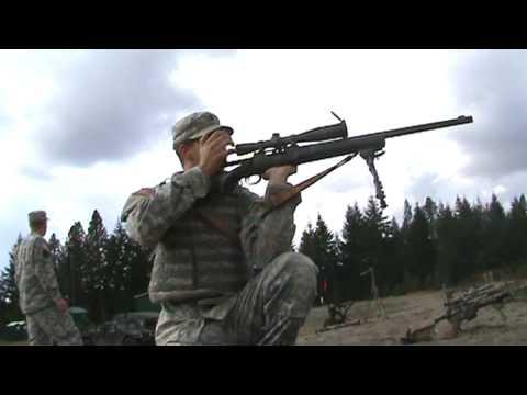 army sniper-m24 kneeling