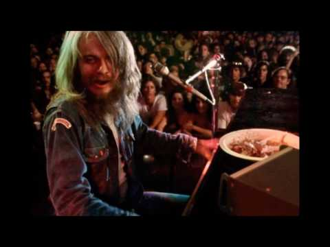 """Leon Russell's best live performance of """"A Song For You"""" (imvho)"""