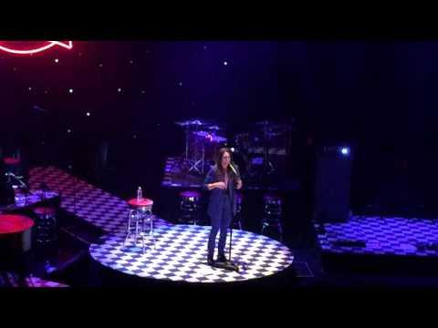 Sara Bareilles - Gravity (a cappella, New York City Center)