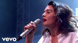 Jessie Ware - Wildest Moments - Live At Glastonbury 2015
