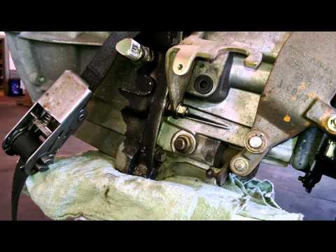 manual transmission fill plug location 2003 Ford Focus IB5 transmission
