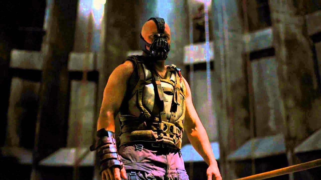Tim Burton's BATMAN vs Chris Nolan's THE DARK KNIGHT
