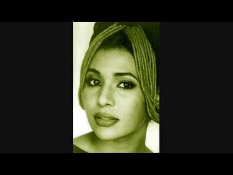 Koffi Olomidé & Nayanka Bell - Je T'aime ...moi non plus