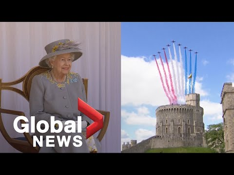 Download Queen Elizabeth II marks official birthday with military parade