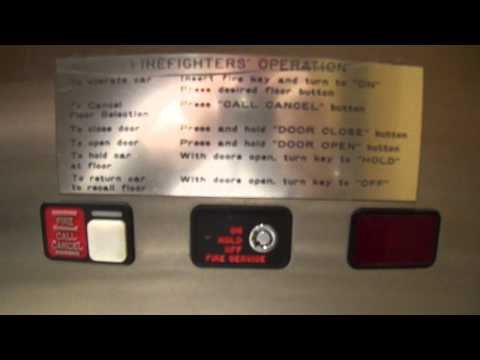 NF: Schindler 300A Hydraulic Elevator @ The GAP U. Village, Seattle,WA.MP4