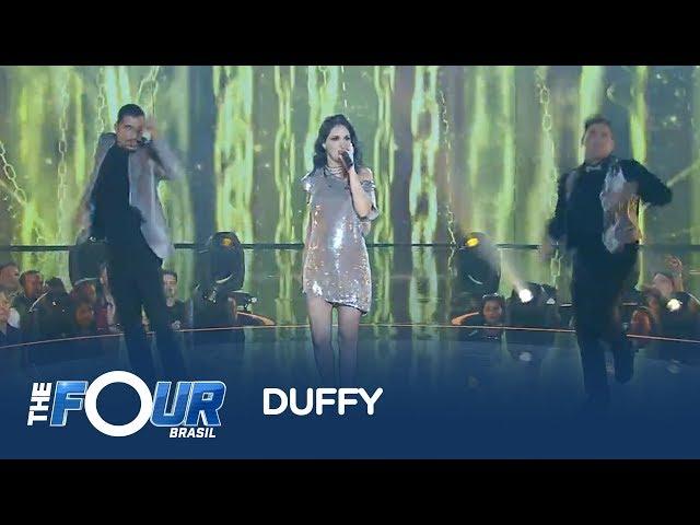 Ju Romano anima a plateia do The Four Brasil ao som de Duffy