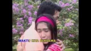 Video Revi Mariska & Temmy Rahadi   Kenangan Masa Lalu   STF Kabut Cinta  HQ download MP3, 3GP, MP4, WEBM, AVI, FLV Juni 2018