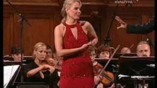 Elīna Garanča - Seguidilla (Carmen)