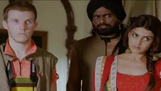 Video Mini saves the tourist - Atithi Devo Bhava - Tere Naal Love Ho Gaya Movie Scene download MP3, 3GP, MP4, WEBM, AVI, FLV Juli 2017