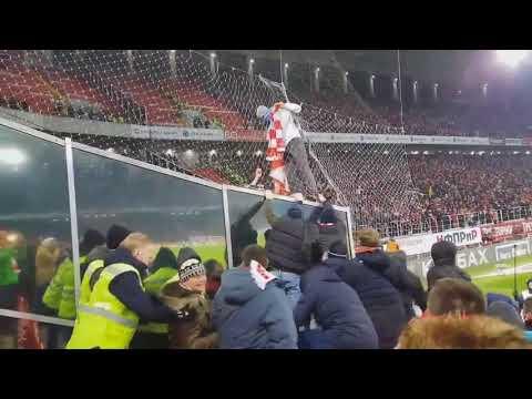 Zenit Ultras burns Spartak's material   Spartak Moscow vs. Zenit 27/11/2017 Зенит Ультрас