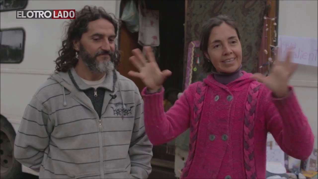 Una familia viajera en un Quirquincho