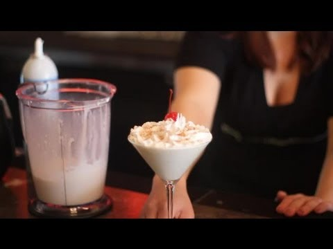 How To Make Chocolate Martinis Using Vodka & Ice Cream : Gourmet Cocktails & Dessert Martinis