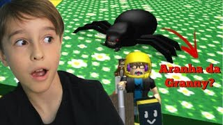 ROBLOX: I FOUND THE GRANNY SPIDER | Family playing