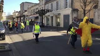 Carnaval de Gilets jaunes à Cognac