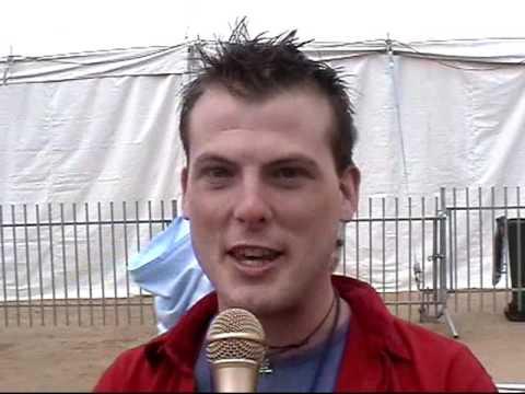 Bent TV Archive: QW S6 Ep12   27SEP2004 (Royal Melbourne Show)
