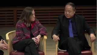 Nobelpristagaren i litteratur Mo Yan i Aula Magna på Stockholms universitet