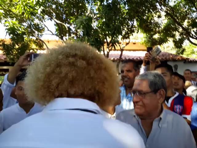 'El Pibe' ingresó al cementerio a despedir a Radamel Garcia King