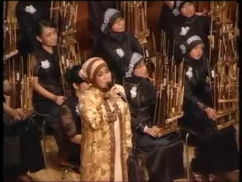 Melati Suci (Angklung) with Aning Katamsi   KPA SMAN 3 Bandung   KOA VIII