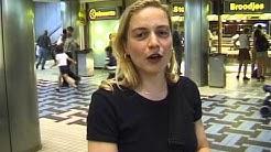 Mobiel bellen in 1998 door Frans Bromet