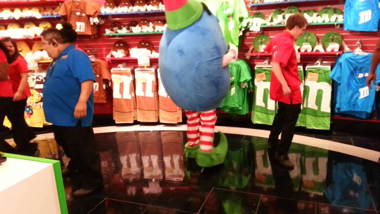 M&M's World Las Vegas - Wobble - YouTube