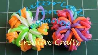 Repeat youtube video Como hacer flores con gomitas Sin Telar. Rainbow Loom Flowers.