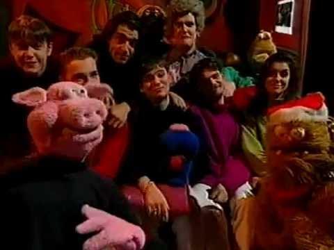 The Den - Christmas Crisis 2 (1996)