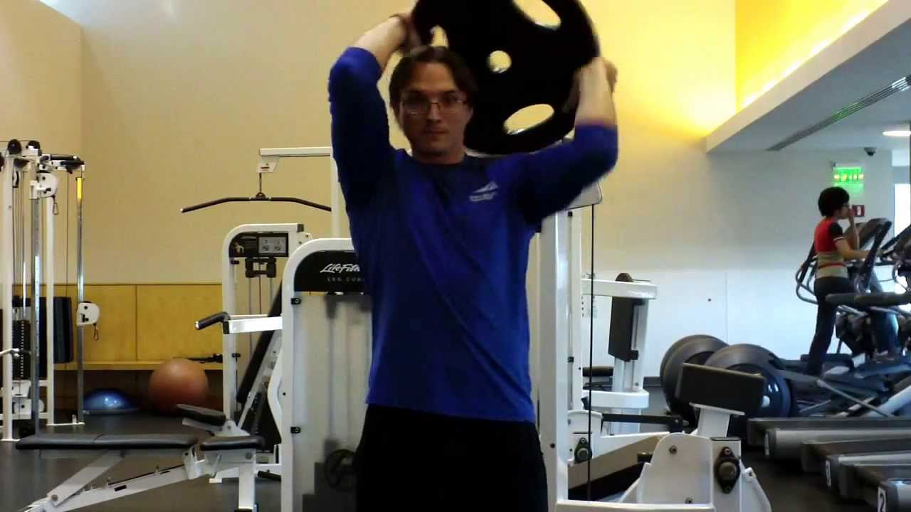 Plate Halo This Is A Great Core Rotator Cuff And Shoulder Exercise Www Roypumphrey Com Shoulder Workout Abs Workout Video Rotator Cuff