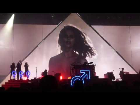 Run for cover the killers madison square garden new york 1 12 18 youtube The killers madison square garden