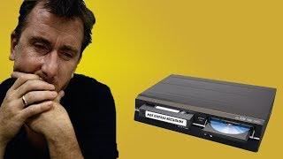 VHS КАССЕТЫ И DVD ДИСКИ (МОЯ КРАТКАЯ НОСТАЛЬГИЯ)