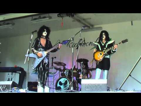 SSIK: A teen KISS tribute band ROCKED Oak Ridges Fair