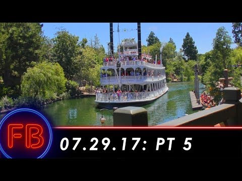 PERFECT lunch at Hungry Bear w/ view of Rivers of America   07-29-17 Pt. 5
