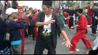 Download Video Atraksi 1000 Pendekar /Jawara | Pencak SH MP3 3GP MP4