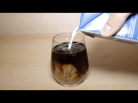 Expérience: Mélanger du Coca et du Lait !