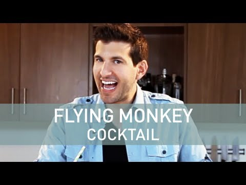 Ultimate Wizard of Oz Themed Drink: The Flying Monkey Cocktail