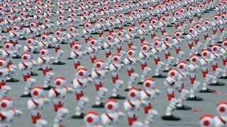Robort ने किया Dance, 1,000-Plus Dancing Droids Break Record