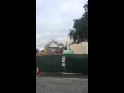Palo alto high school gyms getting torn down