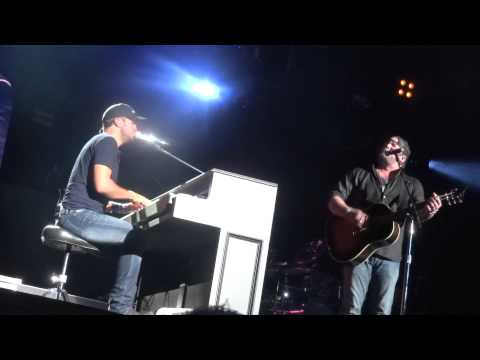 Luke Bryan & Lee Brice cover Eli Young Band's Crazy Girl Live @ Darien Lake