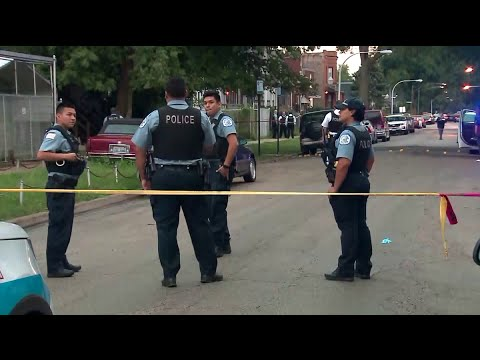 8 killed, dozens wounded in violent Labor Day weekend in Chicago