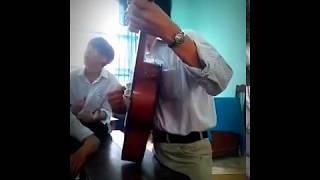 -Nhỏ ơi guitar cover -----------  by Thầy giáo [Part 1]