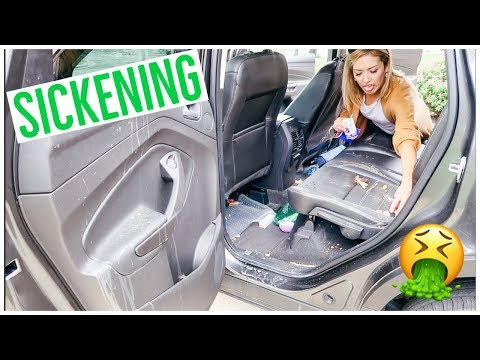 CLEAN WITH ME 2018 | MY CAR IS SCARY! 😱🤢🤮🚘 EXTREME CLEANING MOTIVATION!! 💪🏼✨