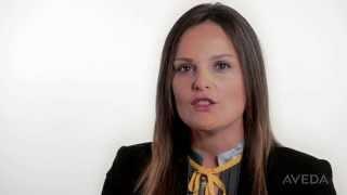 Le Testimonial italiane di Aveda: la soluzione Invati per ottenere capelli più folti e corposi